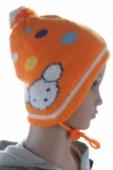 Detská čiapka na uvazovanie s bodkami