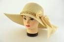 Dámsky klobúk retiazka